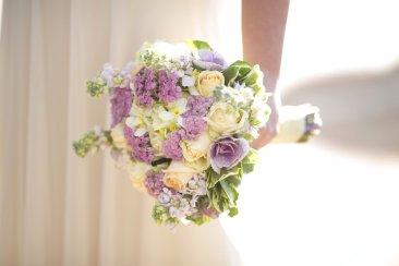Survey: Wedding registries morph into broader range
