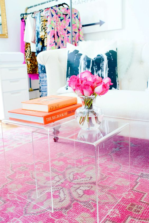 Lucite-Nesting-Tables-Acrylic-Coffee-Table-Harper-Collins-My-Domaine