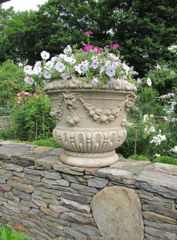 essex_garden_planter
