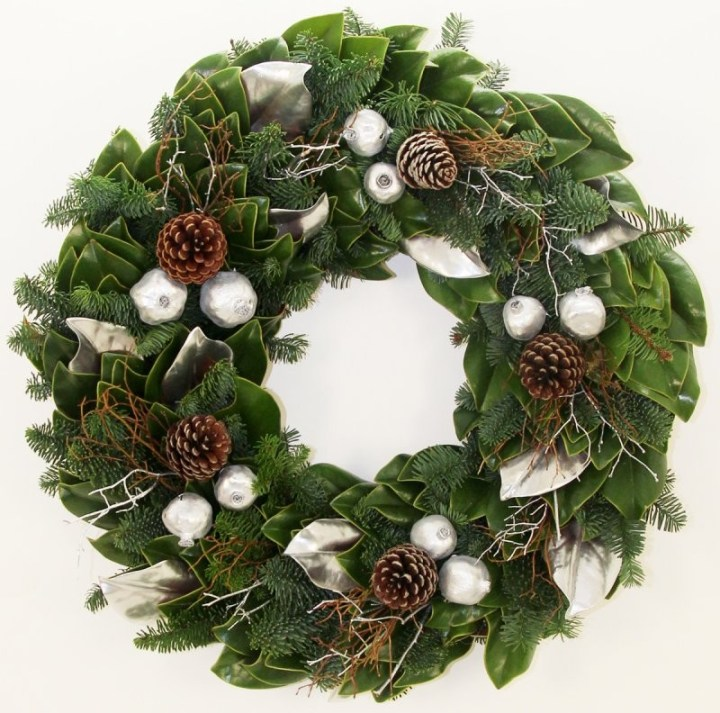frozen_winter_wreath
