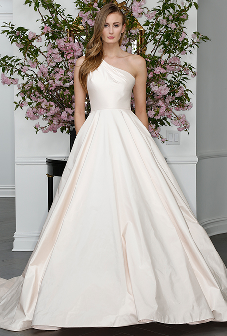 legends-romona-keveza-wedding-dresses-spring-2016-009
