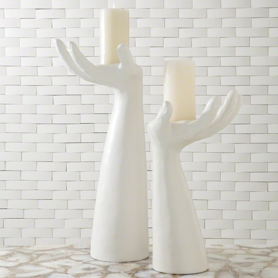 palma-candleholder-in-matte-white-finish-1