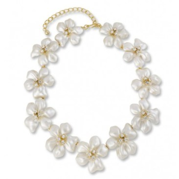 Blog Giveaway! Enter to Win This White Pearl Flower Necklace!