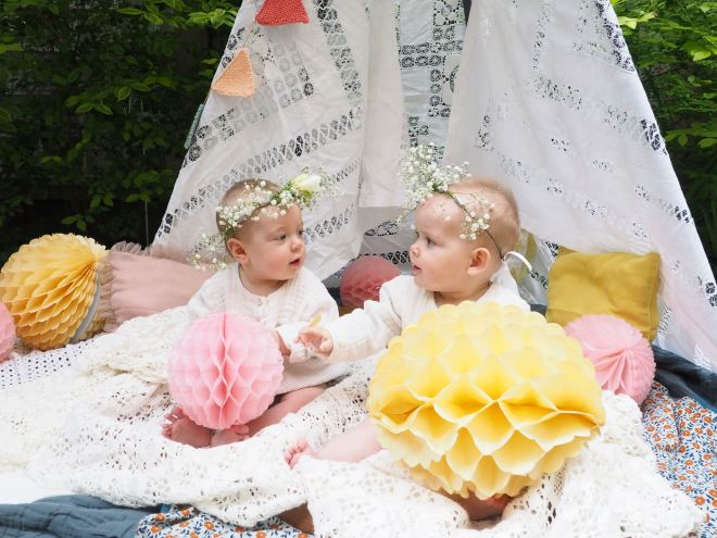 nous sommes des soeurs jumelles-5290140