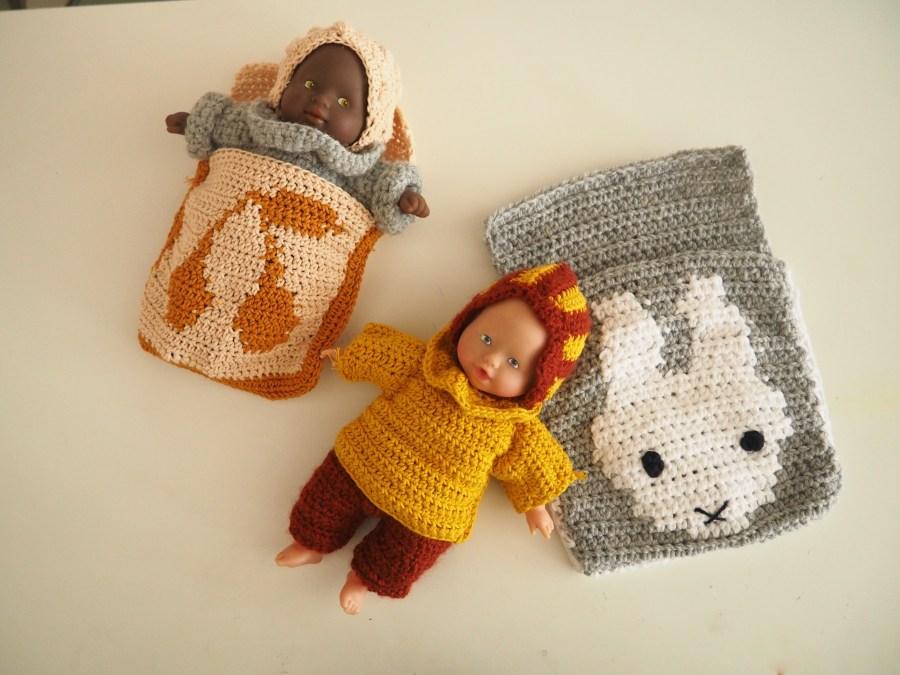 Les petits habits de poupée : Le Pull col Pierrot (tuto 2)