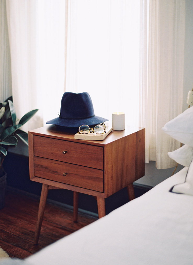 Mid Century Dcor Ideas For Bedroom