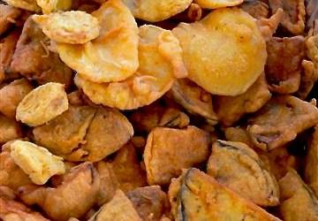 Bhajia: rainy day comfort food.