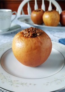 Pecan Stuffed Baked Apples {Paleo, Grain-Free, Gluten-Free, Vegan}
