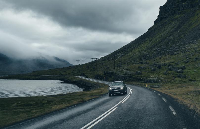 Dacia Sandero dans la montagne