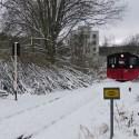 Dor Meester hat bei der Anfahrt auf den Bahnübergang Coschützer Str. alles im Blick.