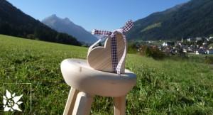 Holzhocker Stubaital Tirol