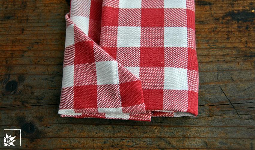 Besteck In Servietten Einwickeln besteck in serviette einwickeln amazing cheap die serviette falten