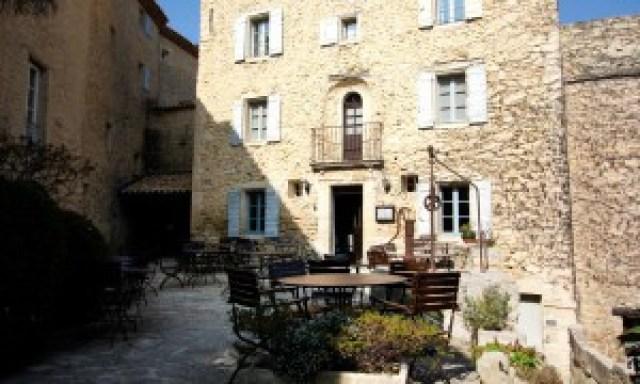 Bistro 40K | Hotel Crillon Le Brave