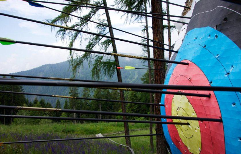 Zielscheibe Bogenschießen Vigilius Mountain Resort Südtirol