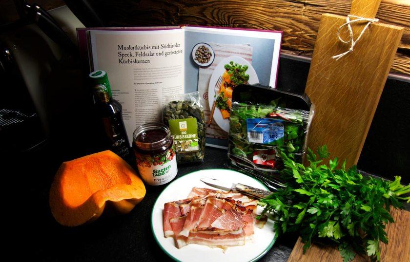 Zutaten - Salat aus Muskatkürbis mit Kürbiskernen und Tiroler Speck