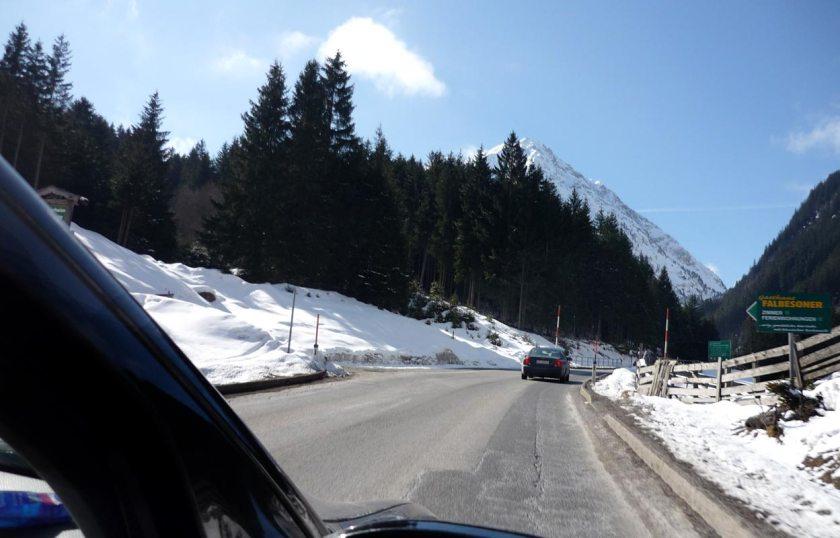 Anfahrt zum Stubaier Gletscher