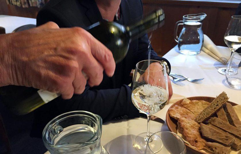 Weißwein - Buschenschank Oberlegar