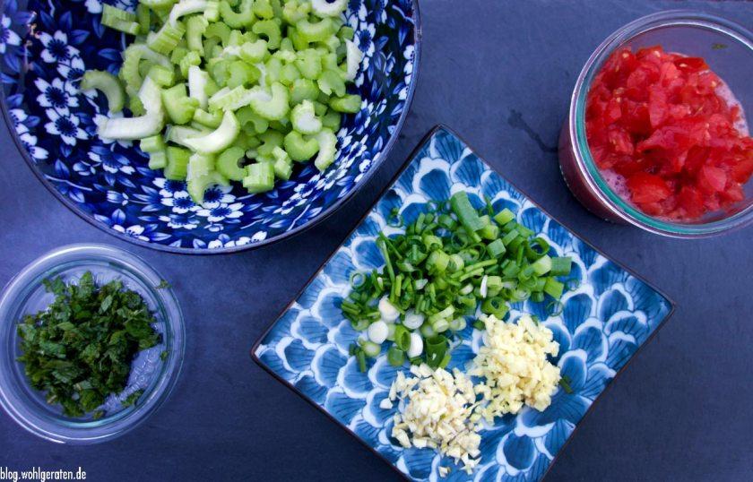 Geschnittene Zutaten für Ceviche