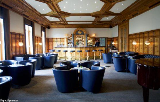 Bar im Grand Hotel Kronenhof Pontresina