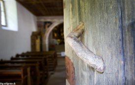 Kirchentür Bad Dreikirchen – Barbian