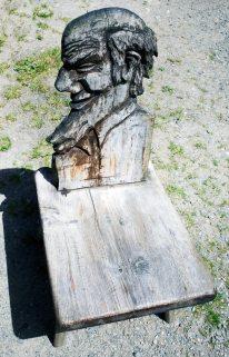 Geschnitzter Stuhl - Sulzenaualm -Stubaital Tirol