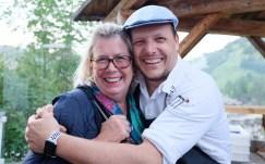 Chefkoch Andrea Irsara und Uta Radakovich im Stüa dla La