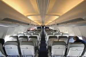 Air_travel_topic_image_Lufthansa_737_interior