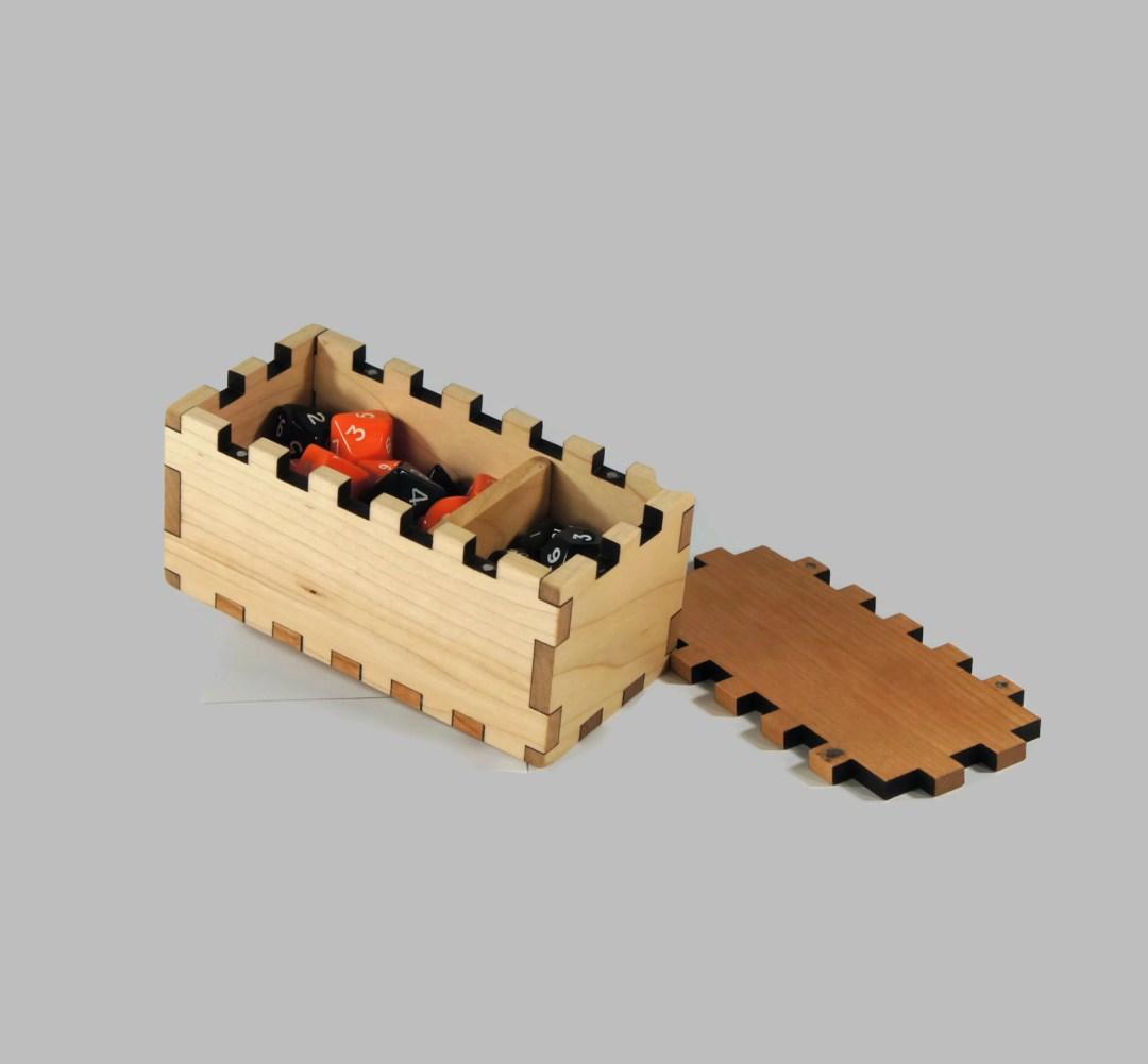 Explorer - Dice Box