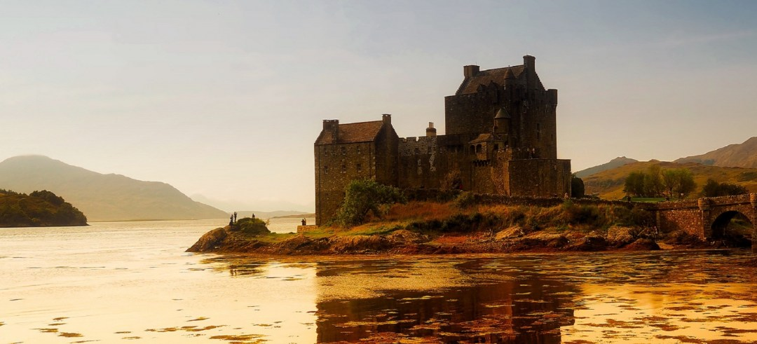 a picutre of a castle - perfect as a fantasylandscape image - available of public domain pictures