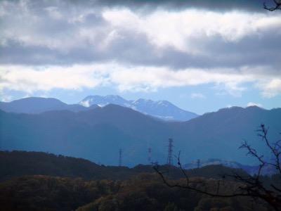 2杉林白山遠望