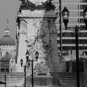 downtown-indianapolis-monument-circle