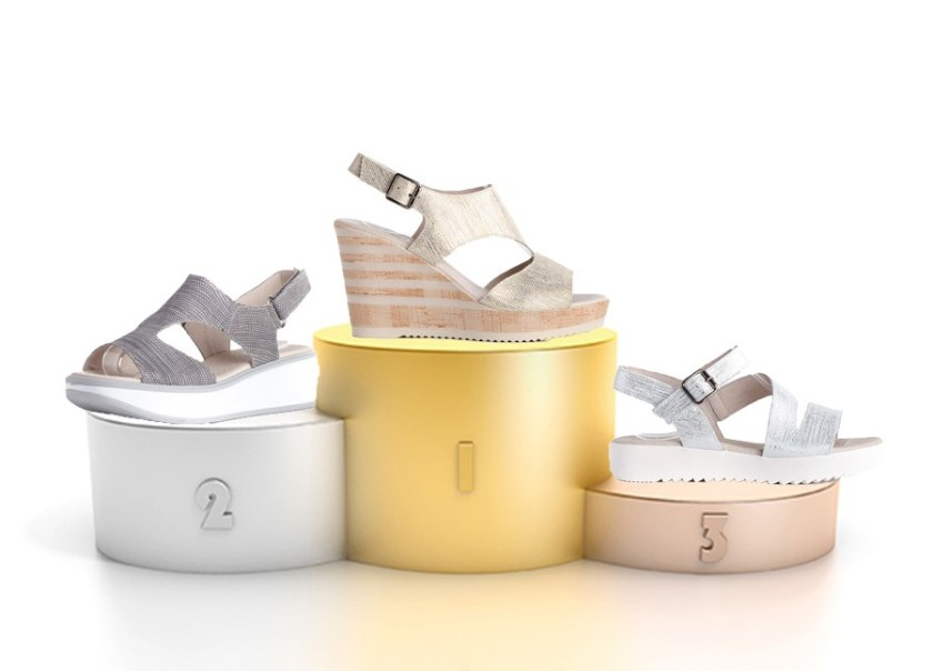 Sandalias en tonos metalizados de Kissia