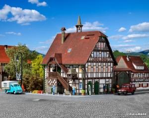 Vollmer - Ayuntamiento de Kochendorf, Entramado madera, Escala H0, Ref: 43750.