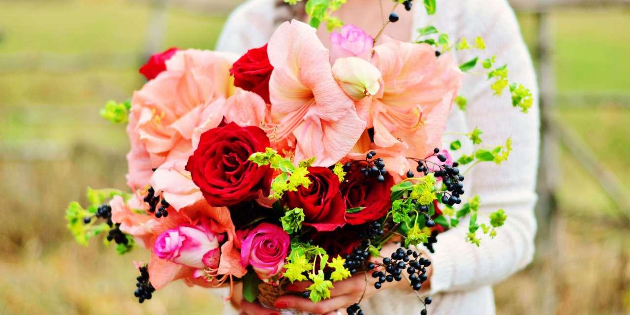 6 Hottest Wedding Flower Bouquets of 2017