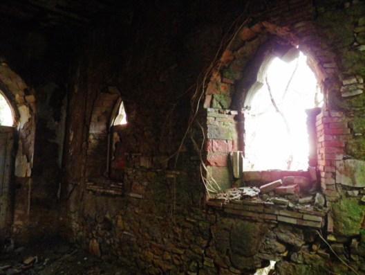 chiesa  - La casa stregata di Pomarance