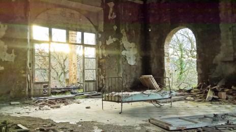 letto1 - La casa stregata di Pomarance