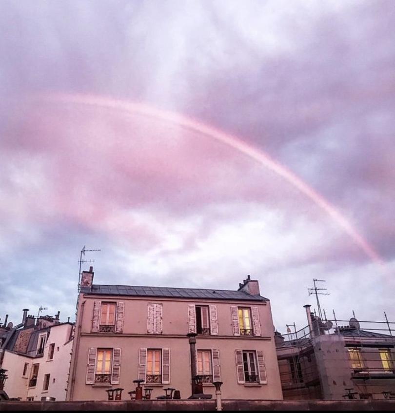 Paris…Bella come un arc-en-ciel all'improvviso