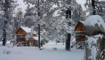 ¿Ya conoces el único lugar en México para esquiar en nieve? ¡Está muy cerca de Monterrey! Te platicamos los detalles para que te lances con tus roomies.