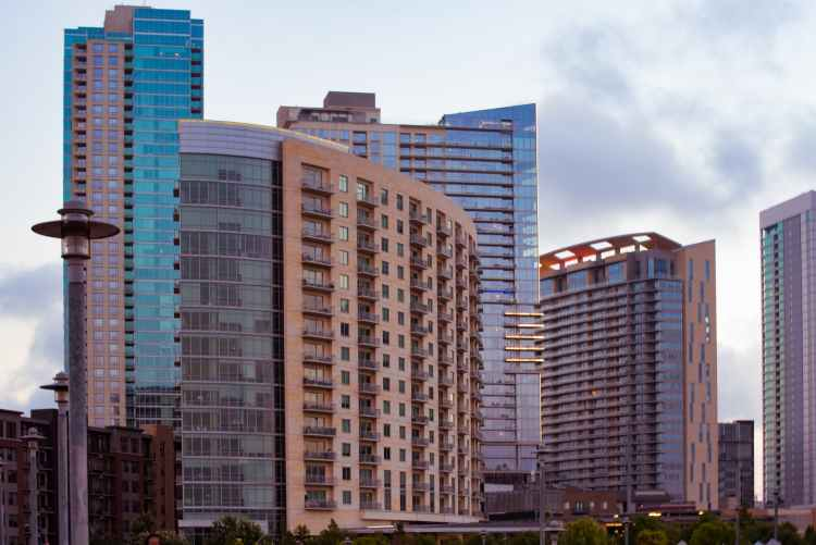 apartment buildings to rent in austin