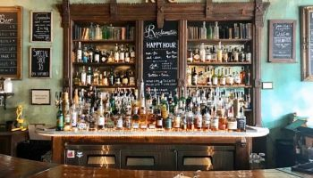 Bars in WIlliamsburg, shot of a set up bar