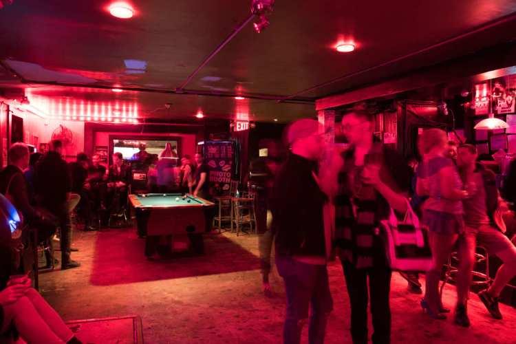 Metropolitan-bars in Williamsburg