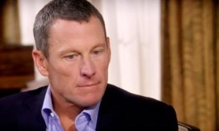 Armstrong Oprahk eginiko elkarrizketan