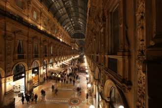 Galleria Vittorio Emanuele II is Milan's most impressive shopping arcade (flickr: Bruno Cordioli)