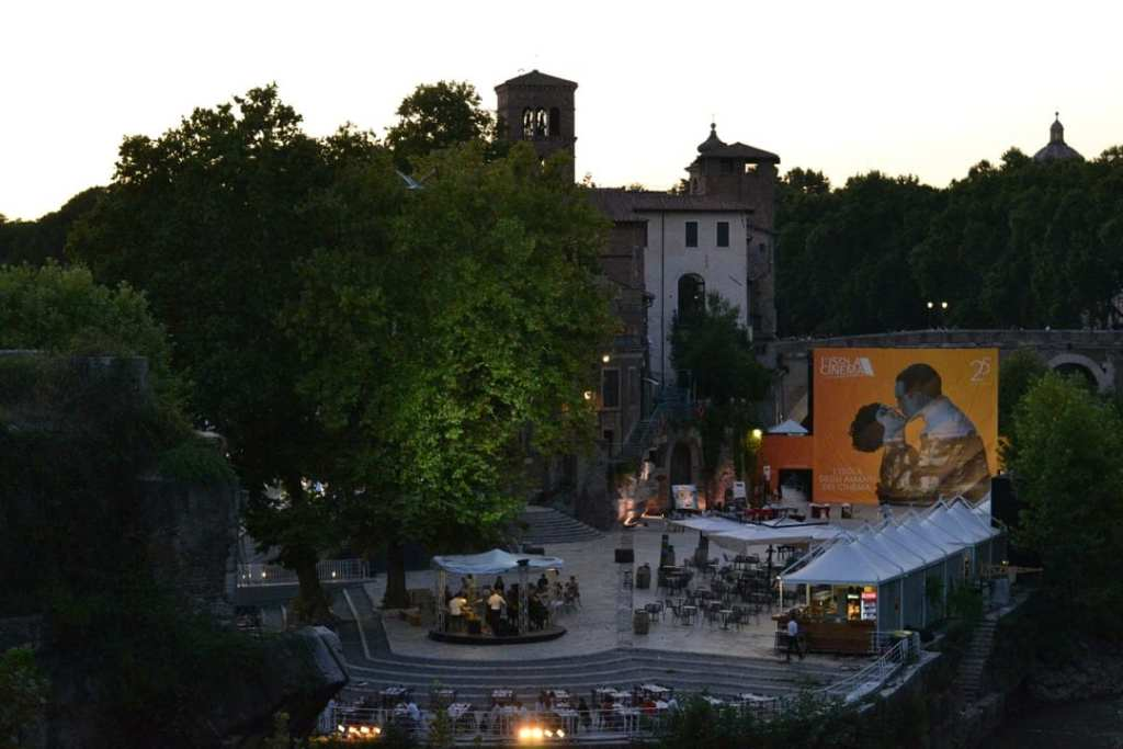 Outdoor cinema | Alternative things to see & do in Rome