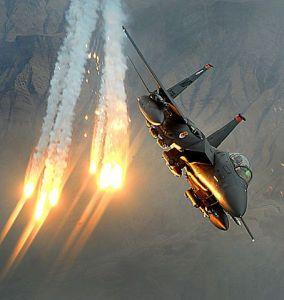 Bengalas antimisiles en aviones: ¿qué son y cómo se usan?