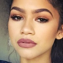 zendaya-makeup-40-500x500