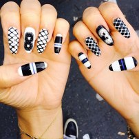 zendaya-nails-athletic
