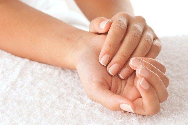 Como ter mãos bonitas