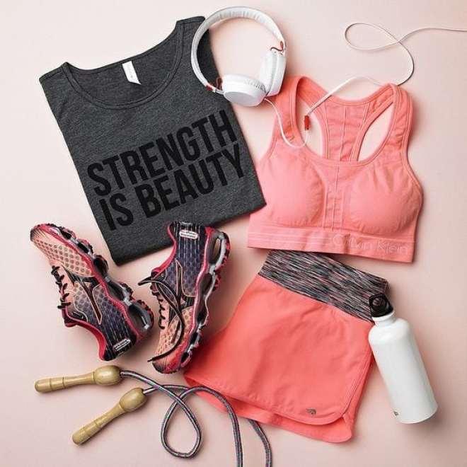 Dicas de looks e roupas estilo fitness para diversas modalidades.