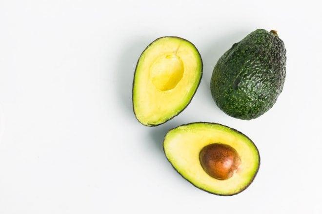 Saiba qual é a diferença entre as frutas abacate e avocado